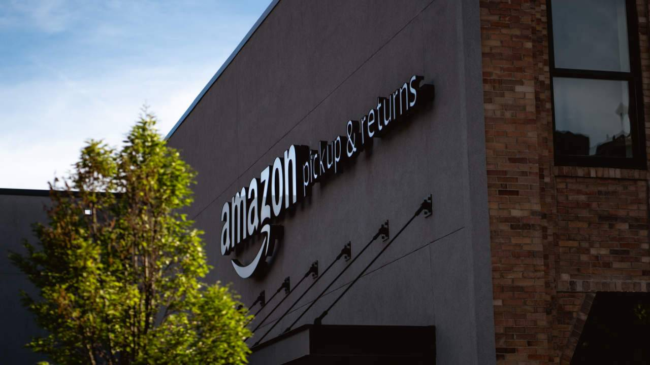 Amazon start a new program to donate unsold products